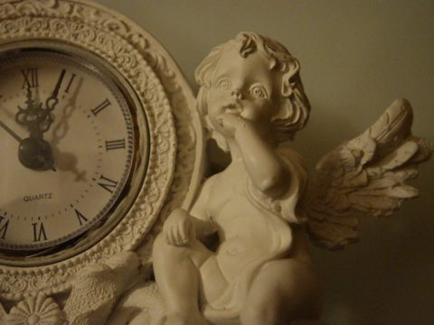 """Rococo clock"" by Fæ is licensed under CC BY 2.0"